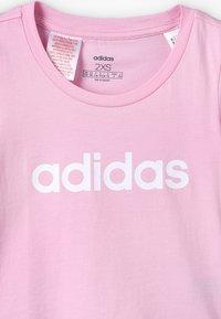 adidas Performance - T-shirt con stampa - true pink/white - 3