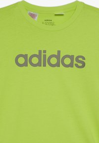 adidas Performance - LIN TEE - T-shirt imprimé - neon green/olive - 3