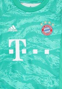 adidas Performance - FC BAYERN MÜNCHEN H GK JSY Y - Club wear - core green - 3