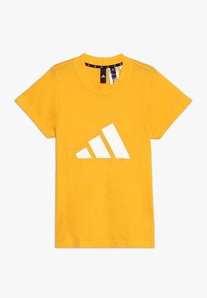 ID TEE - T-shirts med print - actgol/white