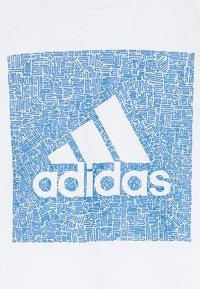 adidas Performance - BOS BOX - T-shirt imprimé - white/blue - 3
