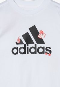 adidas Performance - BADGES - T-shirt con stampa - white - 2