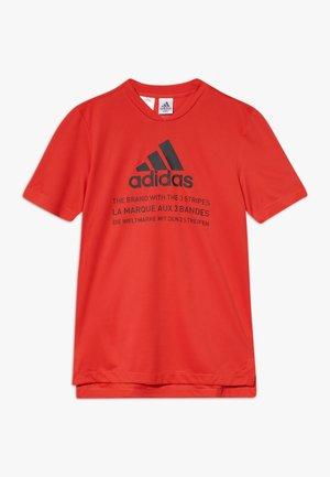 TEE  - T-shirt print - vivred/black