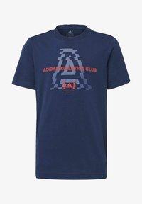 adidas Performance - ADIDAS ATHLETICS CLUB GRAPHIC T-SHIRT - T-shirt imprimé - blue - 0