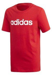 adidas Performance - ESSENTIALS LINEAR LOGO T-SHIRT - T-shirt imprimé - red - 0