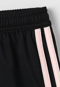 adidas Performance - MANCHESTER UNITED  - Urheilushortsit - black/ice pink - 2