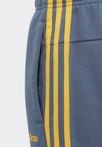 adidas Performance - ESSENTIALS 3-STRIPES JOGGERS - Träningsbyxor - blue - 3