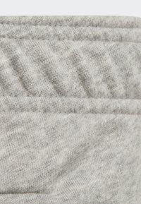 adidas Performance - MUST HAVES 3-STRIPES SHORTS - Sports shorts - grey - 2