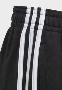 adidas Performance - MUST HAVES BADGE OF SPORT SHORTS - Urheilushortsit - black - 2