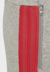 adidas Performance - ADIDAS ATHLETICS CLUB JOGGERS - Pantalon de survêtement - grey - 2
