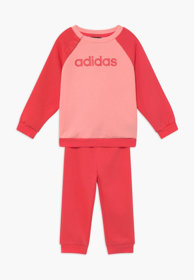 ESSENTIALS LINEAR TRACKSUIT BABY SET - Tracksuit - pink/light pink