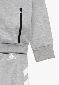 adidas Performance - SET - Trainingspak - mgreyh/white - 4