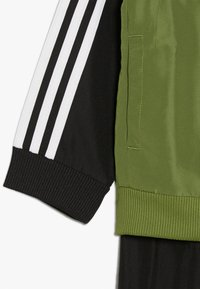 adidas Performance - Trainingspak - tech olive/black - 3