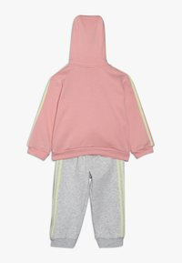 adidas Performance - LOGO FULL ZIP HOODED TRACKSUIT BABY SET - Chándal - pink/yellow - 1