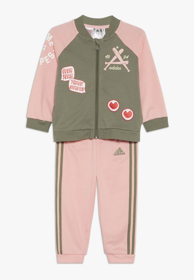COLLEGIATE TRACKSUIT BABY SET - Chándal - pink