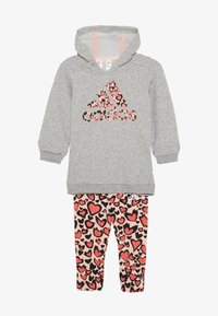 adidas Performance - FAVOURITES TRAINING SPORTS TRACKSUIT BABY SET - Tracksuit - medium grey heather/coral/red - 3
