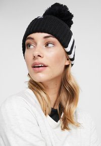 adidas Performance - FAT BRIM BEANIE - Huer - black/white/white - 3