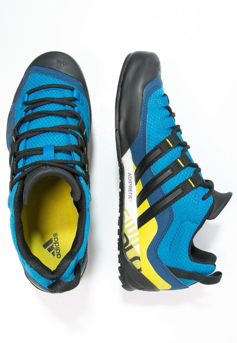 adidas Performance TERREX SWIFT SOLO - Chaussures de marche - unity blue/core black/unity lime