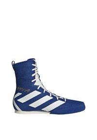 adidas Performance - BOX HOG 3 SHOES - Sneakersy wysokie - blue - 10