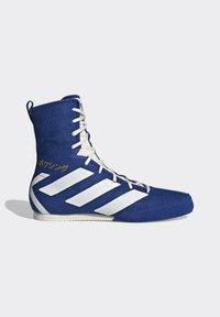 adidas Performance - BOX HOG 3 SHOES - Sneakersy wysokie - blue - 9