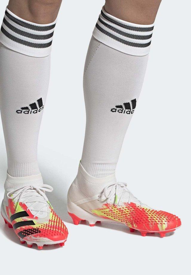 PREDATOR MUTATOR 20.1 ARTIFICIAL GRASS BOOTS - Voetbalschoenen met kunststof noppen - white