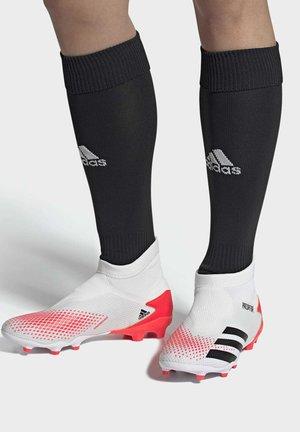 PREDATOR 20.3 FIRM GROUND BOOTS - Voetbalschoenen met kunststof noppen - white