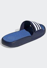 adidas Performance - ADISSAGE TND SLIDES - Pool slides - blue - 5