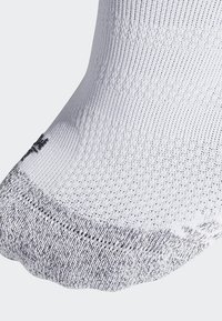 adidas Performance - Alphaskin Traxion Ultralight Crew Socks - Sportsokken - white - 1