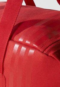 adidas Performance - TIRO TEAM - Bolsa de deporte - red - 5