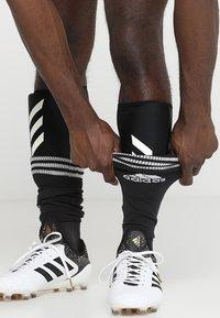 adidas Performance - X PRO - Schienbeinschoner - active red/black/off white - 0
