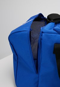 adidas Performance - TIRO DU  - Sportstasker - bold blue/white - 5