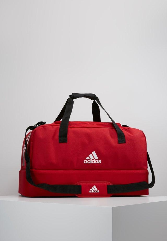 TIRO DU - Bolsa de deporte - power red/white