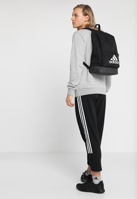 adidas Performance - CLAS - Reppu - black/black/white - 1