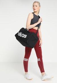 adidas Performance - LIN CORE  - Sac de sport - black/white - 1