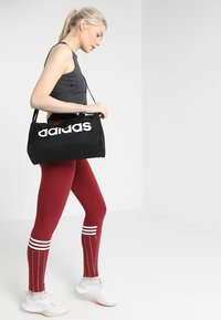 adidas Performance - LIN CORE - Sac de sport - black/white - 5