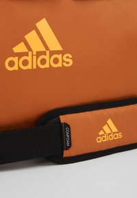 adidas Performance - Treningsbag - tech copper/black/flash orange - 8