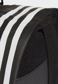 adidas Performance - 3-STRIPES CONVERTIBLE GRAPHIC DUFFEL BAG SMALL - Drawstring sports bag - black/white - 5