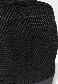adidas Performance - CONVERTIBLE TRAINING DUFFEL BAG MEDIUM - Bolsa de deporte - black/white - 6
