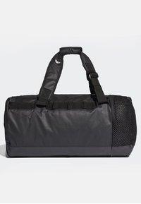 adidas Performance - CONVERTIBLE TRAINING DUFFEL BAG MEDIUM - Bolsa de deporte - black/white - 2