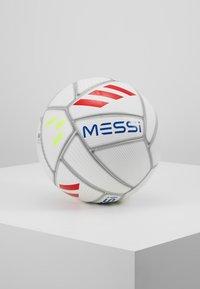 adidas Performance - MESSI - Balón de fútbol - white/cyan raw yellow - 0