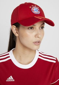 adidas Performance - FC BAYERN MÜNCHEN  - Cappellino - red/white - 4