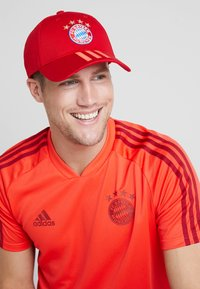 adidas Performance - FC BAYERN MÜNCHEN  - Cappellino - red/white - 1