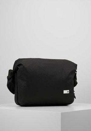 MEGA - Across body bag - black/white