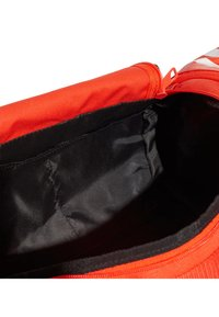 adidas Performance - Convertible 3-Stripes Duffel Bag Small - Sportväska - orange - 7