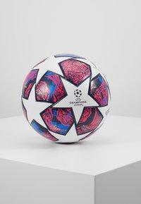 adidas Performance - FIN IST - Piłka do piłki nożnej - white/panton/glow blue - 0