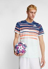 adidas Performance - FIN IST PRO - Voetbal - white/panton/collegiate royal - 1
