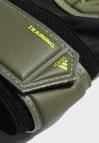 adidas Performance - PREDATOR TRAINING GOALKEEPER GLOVES - Gants de gardien de but - green - 1