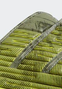adidas Performance - PREDATOR TRAINING GOALKEEPER GLOVES - Gants de gardien de but - green - 3