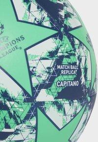 adidas Performance - UCL FINALE 19 REAL MADRID CAPITANO FOOTBALL - Fodbolde - green - 6