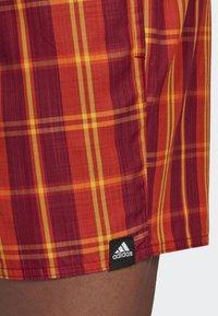 adidas Performance - CHECK PRINT SWIM SHORTS - Badeshorts - red - 4